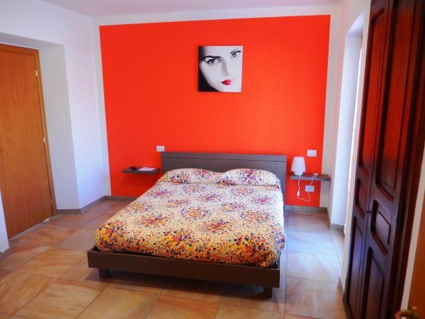 Le Colline di Maggiora, Camera Rossa, Valeggia